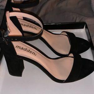 Steven Madden black suede sandal
